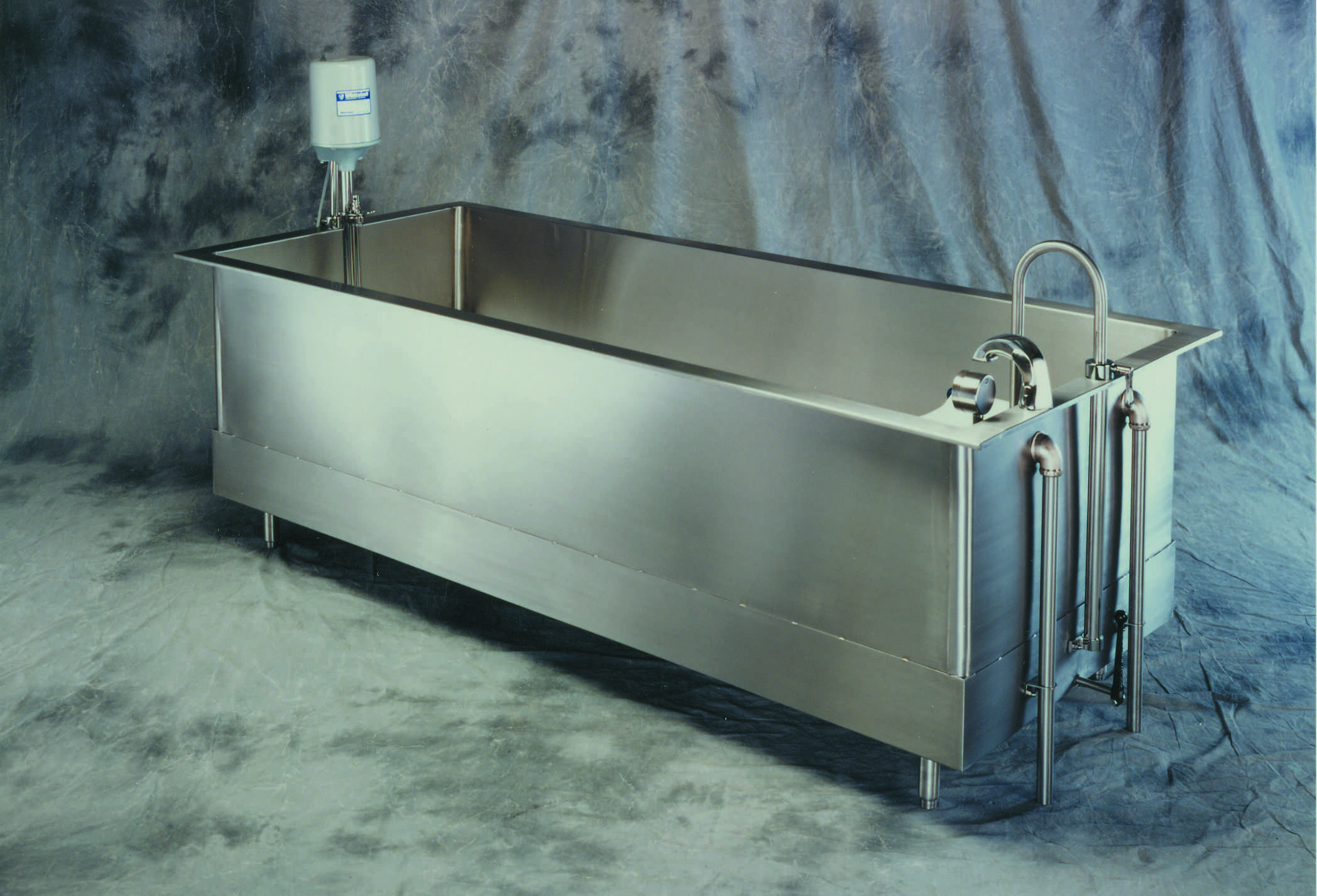 Whitehall Manufacturing Whirlpool Tub